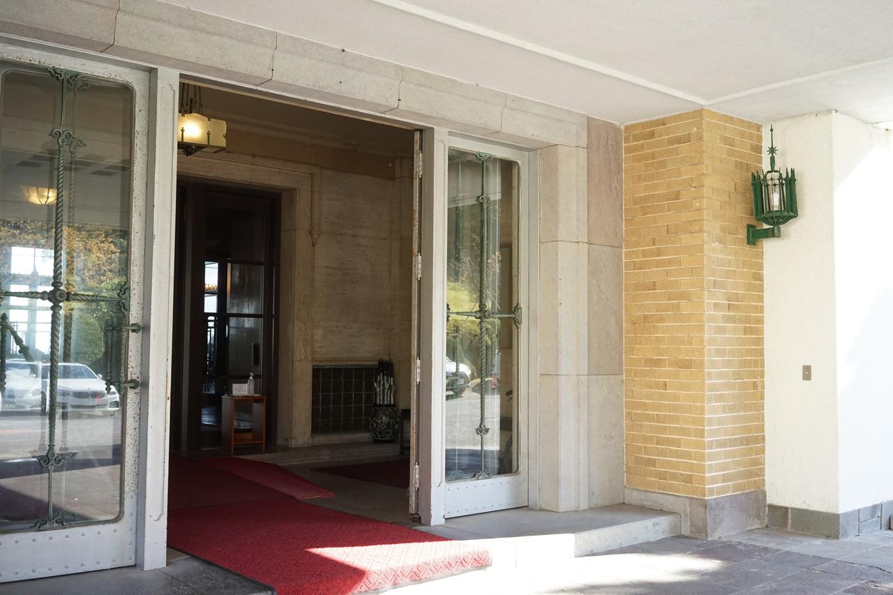 川奈ホテルの入り口
