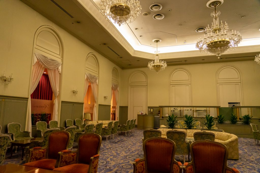 宝塚ホテルのカフェ